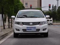 浓情九月众泰Z300新世界版商丘车展上市