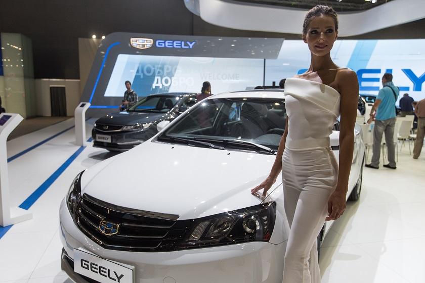 莫斯科国际车展上拍摄的吉利汽车