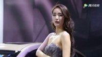 打望2017重庆国际车展上的美女车模!