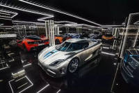 2017迪拜车展:豪华车型亮瞎眼