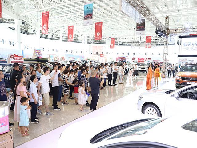 2018佛山SUV车展首场即引爆 车展两天成交127台!