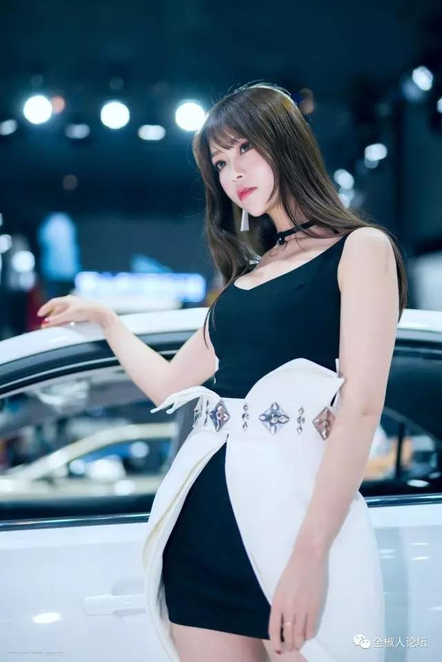 2017南京车展车模实拍火辣劲爆!