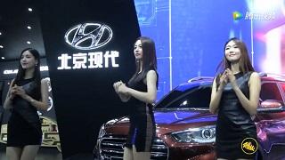 中国四大车展之一,青岛国际车展上各种美女车模