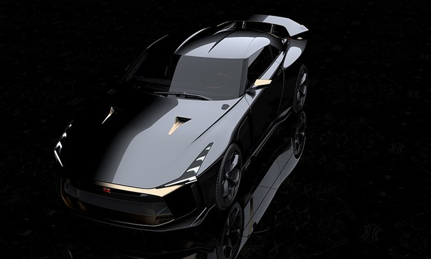 日产GT-R50亮相圆石滩车展