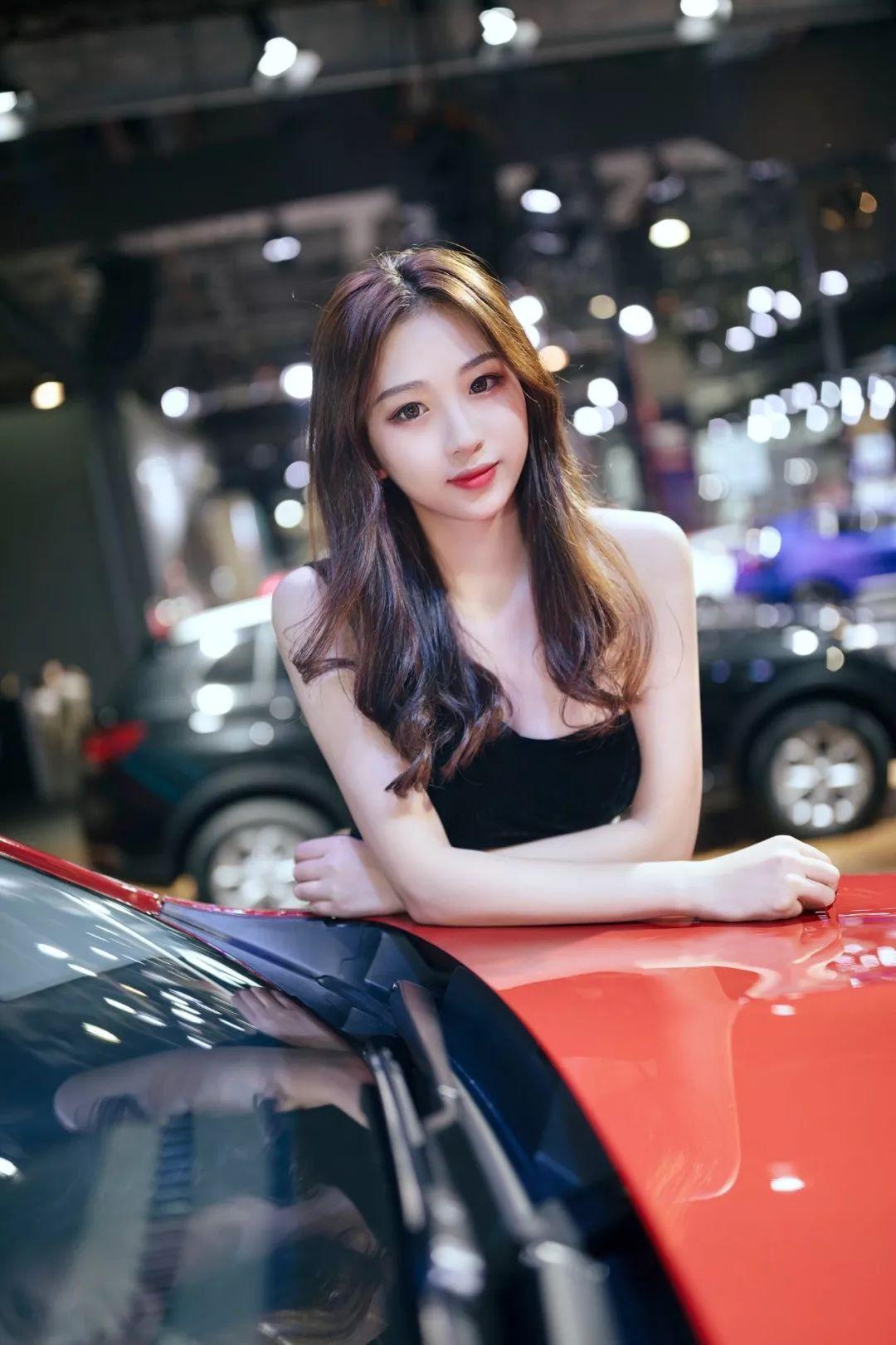 东莞车展,人气爆棚,靓丽的车模快来看
