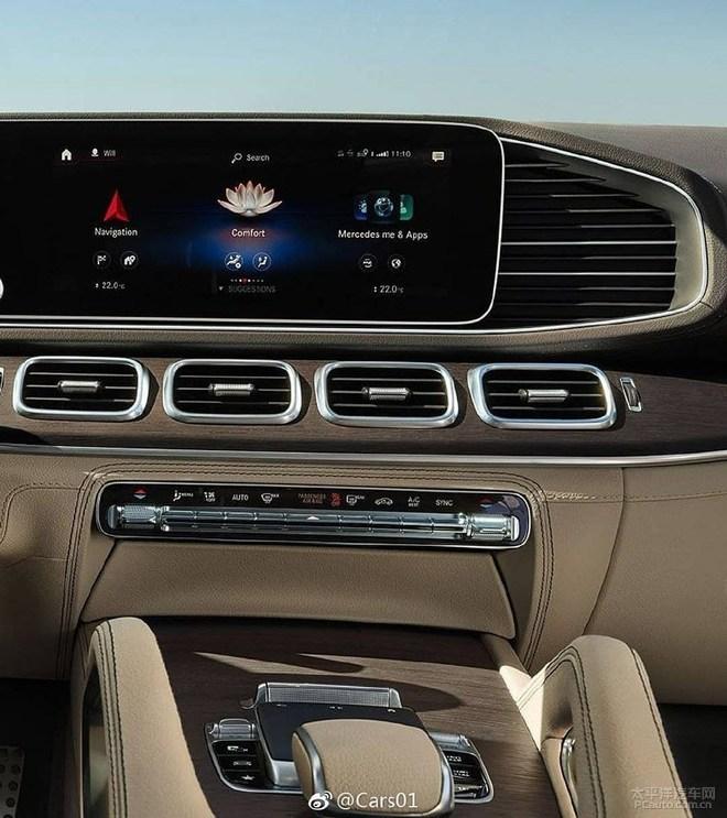 全新梅赛德斯-奔驰GLS 纽约车展首发