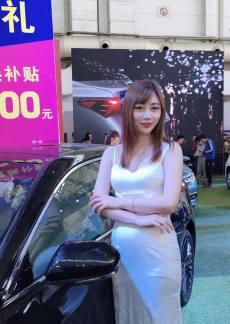 2019桂林五一车展靓丽车模  不容错过
