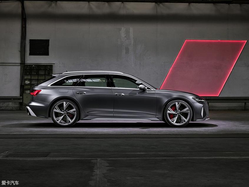 全新一代奥迪RS6 Avant