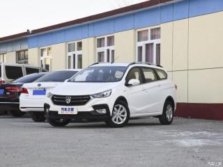 宝骏310W新增车型上市 售5.78-6.28万元