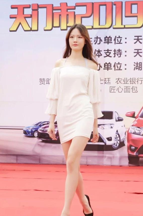 2019天门春季车展车模实拍