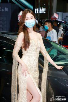華中國際車展車模美圖,看看你又被哪個小姐姐圈粉了