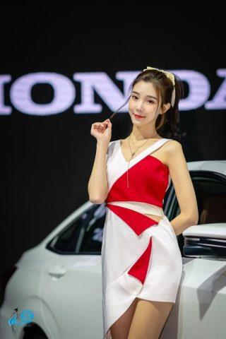 2020沈阳国际车展车模网红美女如云