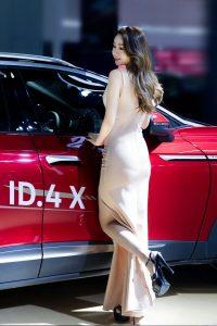 2021泉州国际车展开幕,香车美女成亮丽的风景线!