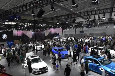 2021長春汽博會盛裝啟幕,一站式近距離體驗百萬級豪車
